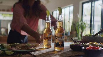 Corona Extra TV Spot, 'Backyard Beach' Song by Khruangbin - Thumbnail 2