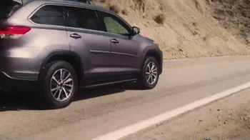 Bridgestone Dueler Tires TV Spot, 'Clutch Performance: Around the Earth' - Thumbnail 8