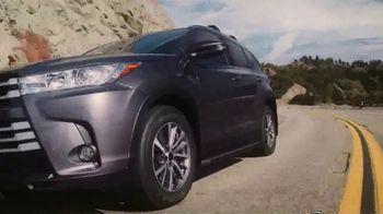 Bridgestone Dueler Tires TV Spot, 'Clutch Performance: Around the Earth' - Thumbnail 6