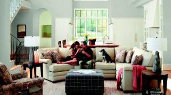 La-Z-Boy TV Spot, 'Safe Shopping Environment' - Thumbnail 3