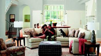 La-Z-Boy TV Spot, 'Safe Shopping Environment' - Thumbnail 4