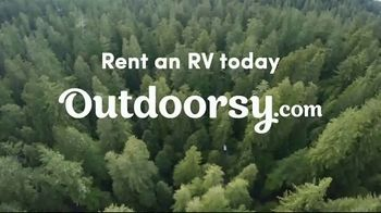 Outdoorsy TV Spot, 'Experience the Magic' Song by Black Eyed Peas - Thumbnail 8
