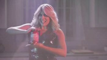 Prego TV Spot, 'Pour It on Thick: Disco' Featuring Cecily Strong - Thumbnail 3