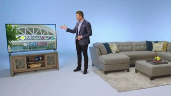 Rooms to Go Ultimate TV Package TV Spot, 'The Perfect Time' Featuring Jesse Palmer - Thumbnail 7