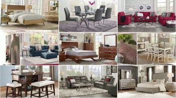 Rooms to Go Labor Day Sale TV Spot, 'Refresh: Living Room, Chaise Sofa and Bedroom Sets' - Thumbnail 3