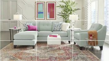 Rooms to Go Labor Day Sale TV Spot, 'Refresh: Living Room, Chaise Sofa and Bedroom Sets' - Thumbnail 5