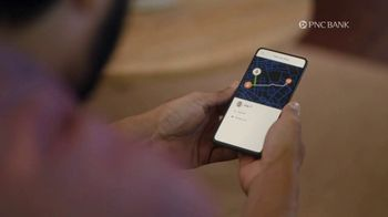 PNC Bank Virtual Wallet for Digital Banking TV Spot, 'Pizza Tracking' - Thumbnail 3