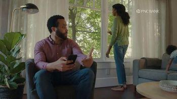 PNC Bank Virtual Wallet for Digital Banking TV Spot, 'Pizza Tracking' - Thumbnail 8