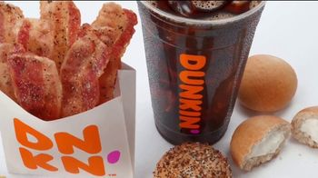 Dunkin' Snackin' Menu TV Spot, 'Snackisfying' - Thumbnail 6