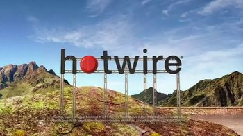 Hotwire TV Spot, 'The Hotwire Effect: Last Minute Mountain' - Thumbnail 8
