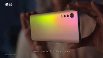 LG VELVET TV Spot, 'What's Your Favorite Thing?: Verizon' - Thumbnail 3