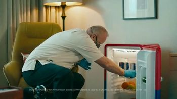 Michelob ULTRA TV Spot, 'ULTRA Delivery: Win a Fridge' Song by the Joy Tones - Thumbnail 3