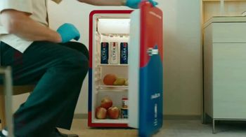Michelob ULTRA TV Spot, 'ULTRA Delivery: Win a Fridge' Song by the Joy Tones - Thumbnail 5