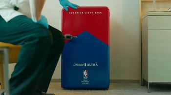Michelob ULTRA TV Spot, 'ULTRA Delivery: Win a Fridge' Song by the Joy Tones - Thumbnail 6