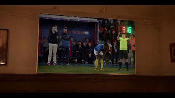 Apple TV+ TV Spot, 'Ted Lasso' canción de Spoon [Spanish] - Thumbnail 6
