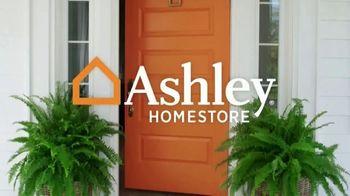 Ashley HomeStore TV Spot, 'Furniture Neds: Virtual Appointments + 25 Percent Off' - Thumbnail 1