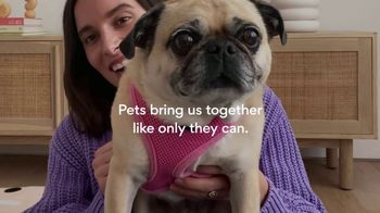 Chewy.com TV Spot, 'Pets Bring Us Together' - Thumbnail 10