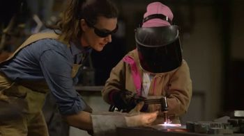 Carhartt TV Spot, 'Mother's Day: Hands Built To Do Anything - All Hail Mom' - Thumbnail 1
