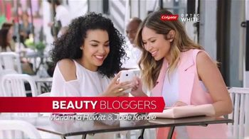 Colgate Optic White Platinum TV Spot, 'Beauty Bloggers' Featuring Marianna Hewitt, Jade Kendle - 1 commercial airings