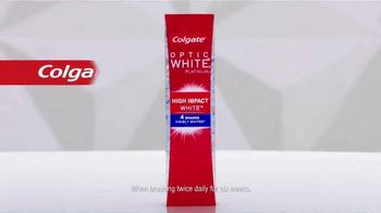 Colgate Optic White Platinum TV Spot, 'Beauty Bloggers' Featuring Marianna Hewitt, Jade Kendle - Thumbnail 9