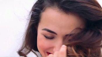 Colgate Optic White Platinum TV Spot, 'Beauty Bloggers' Featuring Marianna Hewitt, Jade Kendle