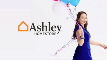 Ashley HomeStore Memorial Day Mattress Sale TV Spot, 'Zero Percent Interest' - Thumbnail 1