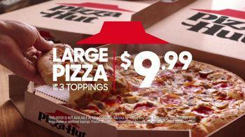 Pizza Hut TV Spot, 'Social Distancers' - Thumbnail 4