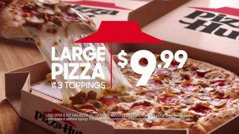 Pizza Hut TV Spot, 'Social Distancers' - Thumbnail 5