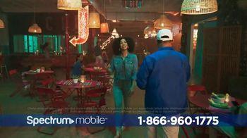 Spectrum Mobile TV Spot, 'Posibilidades infinitas' con Ozuna, canción de Ozuna [Spanish]