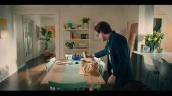 Butterfinger TV Spot, 'BFI: Case of the Sneaky Spouse' - Thumbnail 7