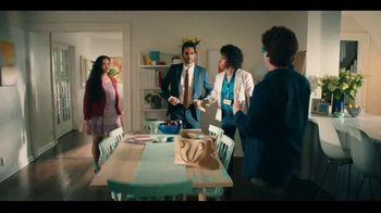 Butterfinger TV Spot, 'BFI: Case of the Sneaky Spouse' - Thumbnail 8