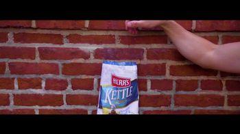 Visit Philadelphia TV Spot, 'Herr's: Our Turn To Tourist' - Thumbnail 8