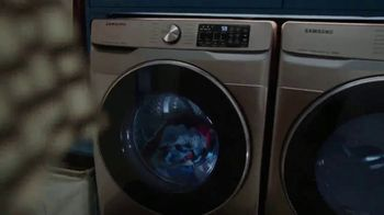 Samsung Smart Laundry TV Spot, 'Connected Appliances: Laundry' Song by Beginners & Freedo - Thumbnail 5