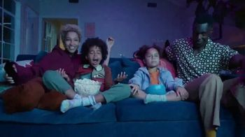 Samsung Smart Laundry TV Spot, 'Connected Appliances: Laundry' Song by Beginners & Freedo - Thumbnail 7