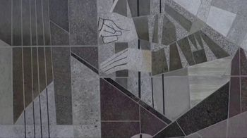 University of Notre Dame TV Spot, 'Lend a Hand' - Thumbnail 1