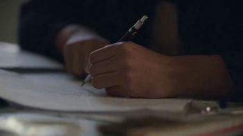University of Notre Dame TV Spot, 'Lend a Hand' - Thumbnail 2