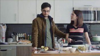 HUMIRA [Crohn's/Colitis] TV Spot, 'Keep Us Apart: COVID-19 Help' - Thumbnail 1
