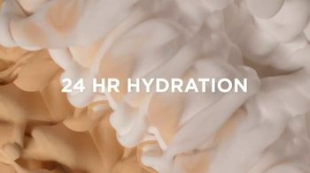 L'Oreal Paris True Match Eye Cream in a Concealer TV Spot, 'Hydration' Ft. Elle Fanning, Aja Naomi King - Thumbnail 5