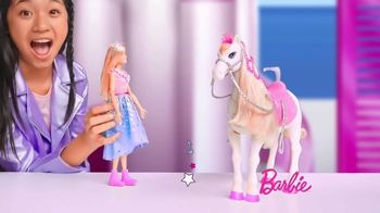 Barbie Princess Adventure Prance & Shimmer Horse TV Spot, 'Lights Up and Plays Music' - Thumbnail 4