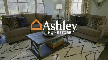 Ashley HomeStore Weekend Sale TV Spot, '20% Off Storewide and Financing' - Thumbnail 1