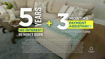 Ashley HomeStore Weekend Sale TV Spot, '20% Off Storewide and Financing' - Thumbnail 5