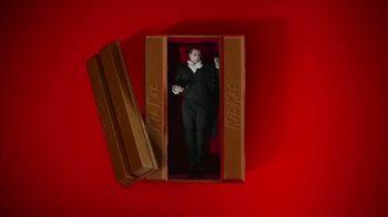 KitKat TV Spot, 'Vampire Alarm Clock' - Thumbnail 3