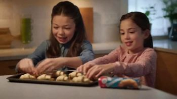 Pillsbury Crescent Rolls TV Spot, 'Creation Possibilities' - Thumbnail 3
