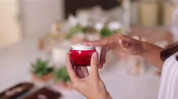 Olay  Regenerist TV Spot, 'Not Your Mama's' [Spanish] - Thumbnail 1
