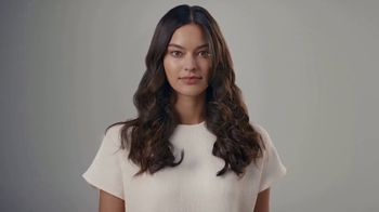 Dyson Airwrap Styler TV Spot, 'With Barrels To Curl Hair' - Thumbnail 8