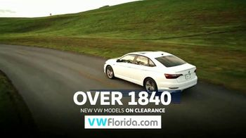 Volkswagen Model-Year Clearance TV Spot, 'Chance to Save' [T2] - Thumbnail 3