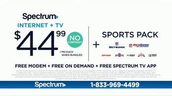 Spectrum TV Spot, 'Welcome Back Party' Featuring KevOnStage, Tony Baker - Thumbnail 10