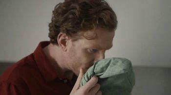 Gain Ultra Flings! TV Spot, 'El aroma que enamora' [Spanish]