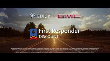 Buick & GMC TV Spot, 'We're Here to Help: Healthcare Professionals' Song by Our Many Stars [T2] - Thumbnail 6