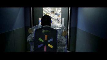 Walmart TV Spot, 'Heroes' canción de David Bowie [Spanish] - Thumbnail 1